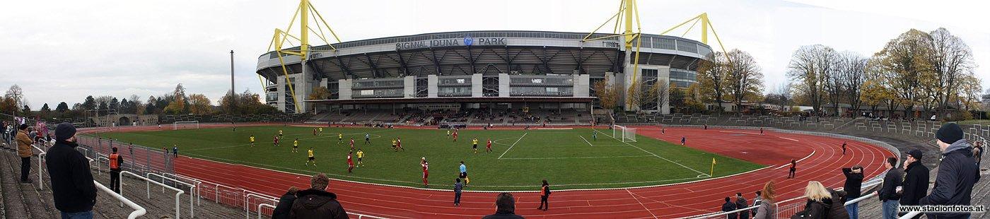 2012_11_10_RoteErde_Panorama6_klein.jpg