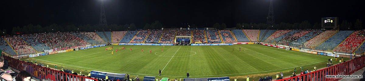 2012_05_10_Steaua_Panorama2_klein.jpg
