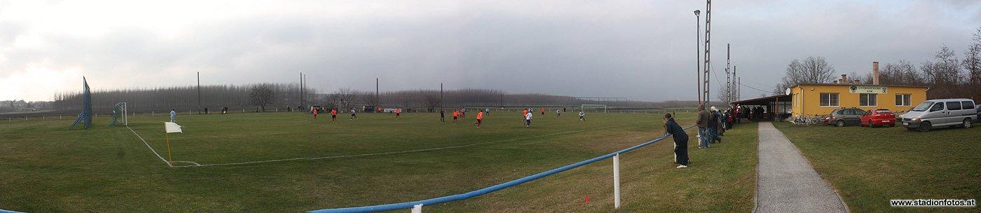 2012_11_24_Gyoerszemere_Panorama1_klein.jpg